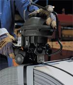 Outil pneumatique pour feuillard acier
